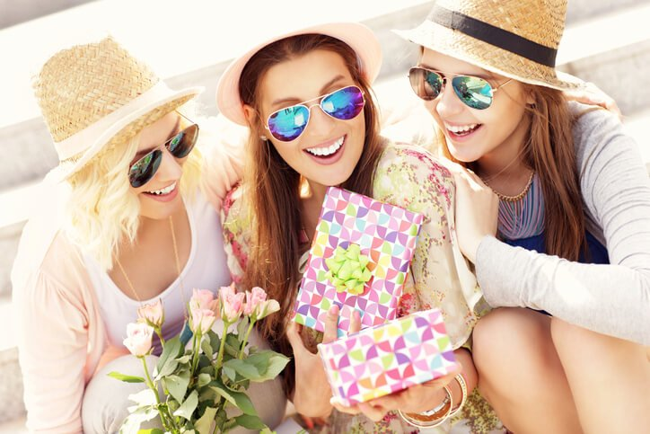 Win A Fabulous SkinScience Experience for Your BFF!